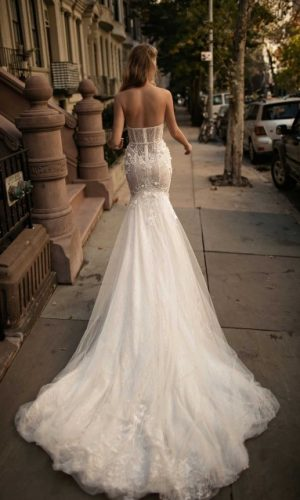 Berta 17 110 4 Wedding Dress (back)