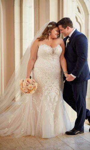 Stella York 6502 Ebeb Wedding Dress (front)