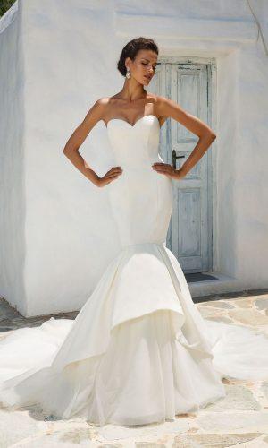 Justin Alexander 8933 Wedding Dress (front)