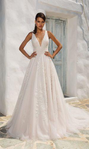 Justin Alexander 8953 Wedding Dress (front)