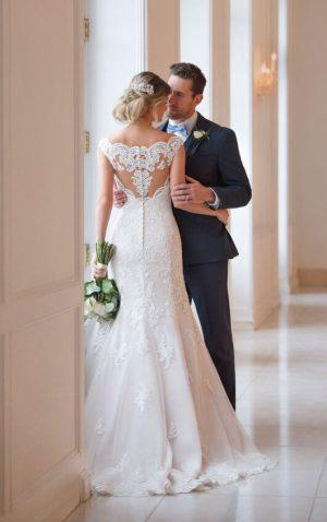 Stella York 6569 Wedding Dress (back)