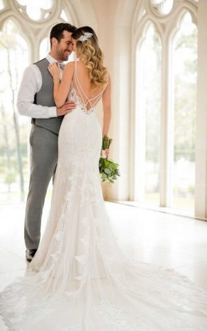 Stella York 6574 Wedding Dress (back)