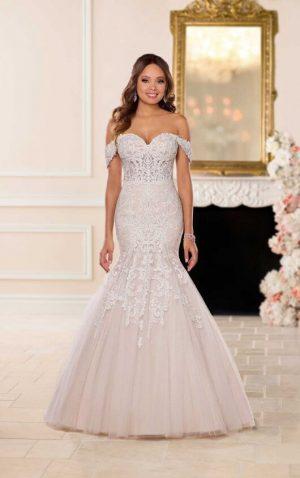 Stella York 6626 Wedding Dress (front)