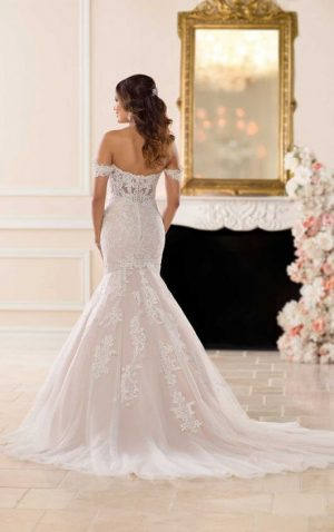 Stella York 6626 Wedding Dress (back)