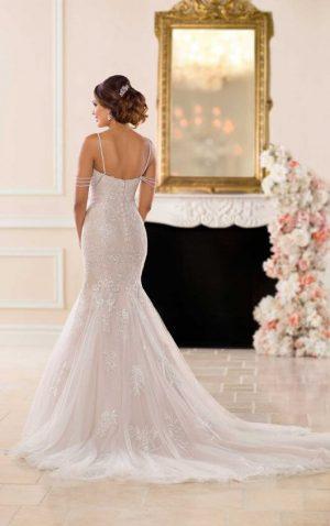 Stella York 6743 Wedding Dress (back)