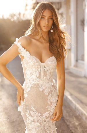 Berta 19 101 1 Wedding Dress (front)