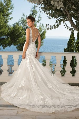 Justin Alexander 88077 Wedding Dress (back)