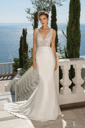 Justin Alexander 88097 Wedding Dress (front)