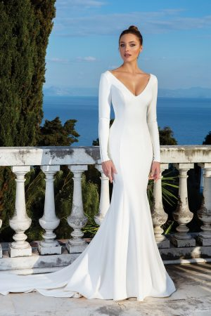 Justin Alexander 88128 Wedding Dress (front)
