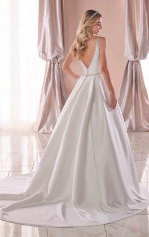 Stella York 6782 Wedding Dress (back)