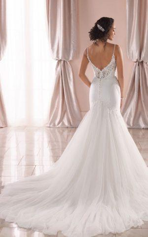 Stella York 6883 Wedding Dress (back)