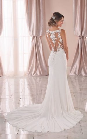 Stella York 6895 Wedding Dress (back)