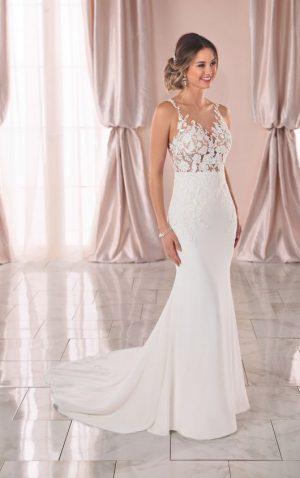 Stella York 6895 Wedding Dress (front)