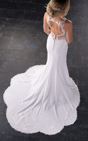 Stella York 6916 Wedding Dress (back)