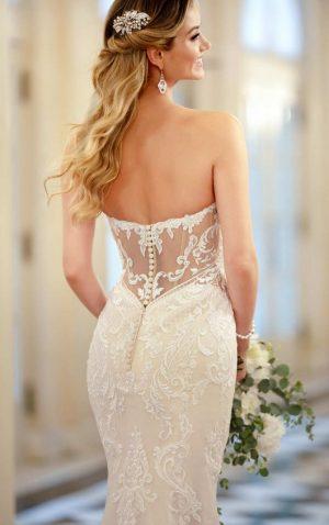Stella York 6979 Wedding Dress (back)