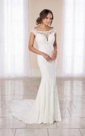 Stella York 7066 Wedding Dress (front)