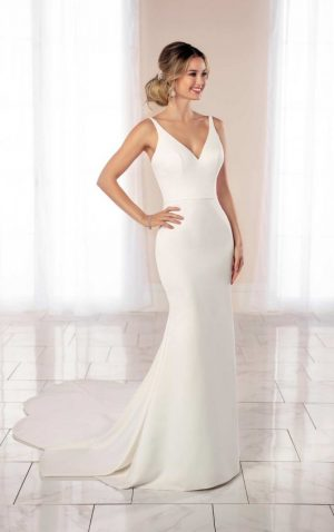 Stella York 7069 Wedding Dress (front)