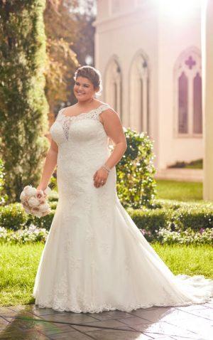 Stella York Plus 6569 Wedding Dress (front)