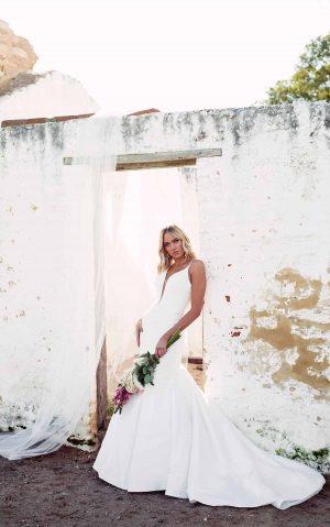essense wedding dress d3223